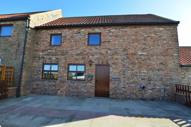 Thumbnail Cottage to rent in Seaton Road, Hornsea