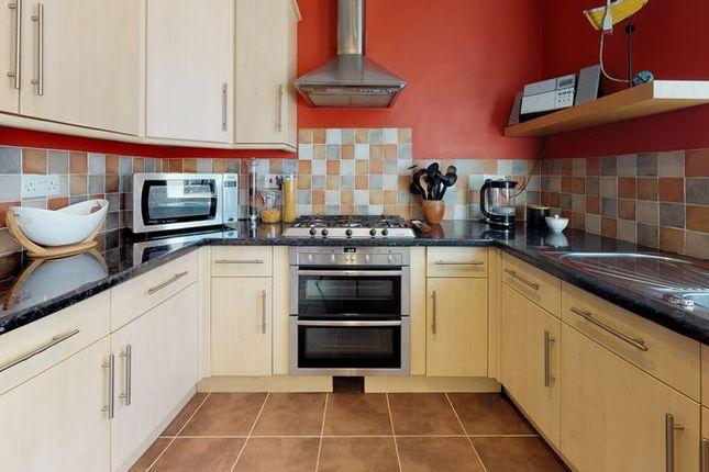 Kitchen of Merewood Avenue, Headington, Oxford OX3