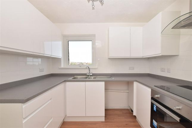 Thumbnail Flat for sale in Westlake Gardens, Worthing, West Sussex