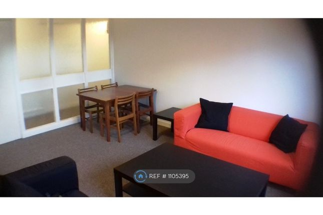 2 bed flat to rent in Avenue Park, Bridge Of Allan, Stirling FK9