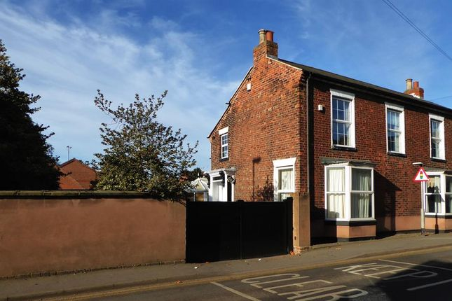 Thumbnail Detached house for sale in High Street, Crowle, Scunthorpe