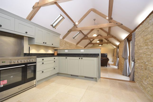 Thumbnail Detached bungalow to rent in Hanging Hill, Wick, Bristol
