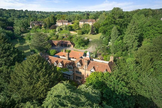 Thumbnail Detached house for sale in The Downs, Leatherhead