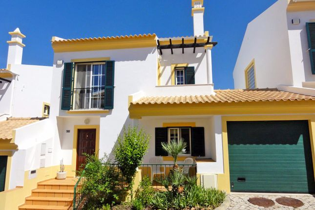 3 bed town house for sale in Paderne, Albufeira, Portugal