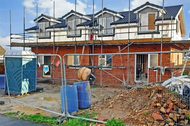 Thumbnail Semi-detached house for sale in The Green, Cowes, Isle Of Wight