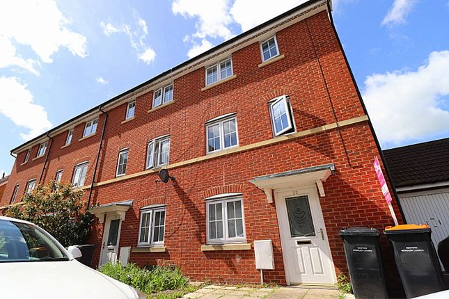 Room to rent in Henley Road, Bedford MK40