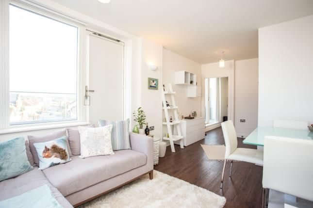 Flat for sale in Futura Apartments, 11 High Street, Edgware, London