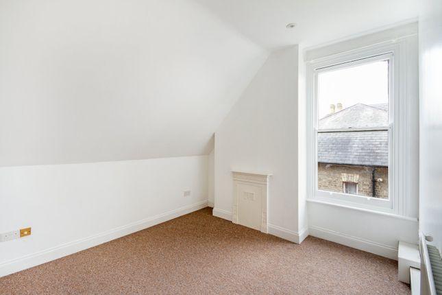 Bedroom 1 of Hartingdon House, 185 Hills Road, Cambridge CB2