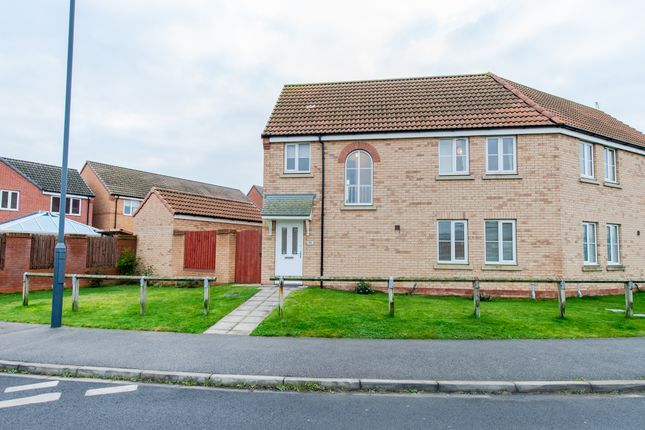 3 bed semi-detached house to rent in Spruce Way, Selby YO8