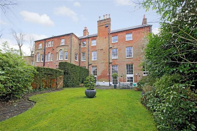 Thumbnail Flat for sale in Totteridge Village, London