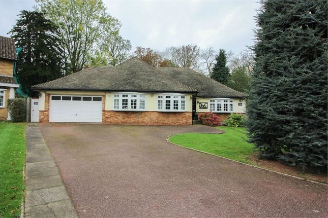 Thumbnail Detached house for sale in Ripley View, Loughton, Essex