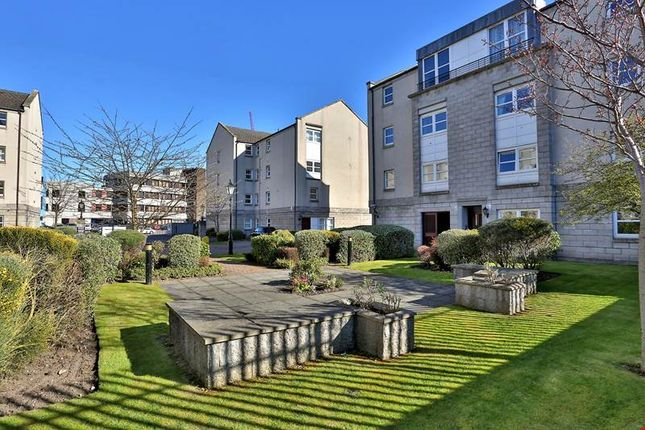 2 bed flat to rent in 142 Charles Street, St Stephens Court, Aberdeen