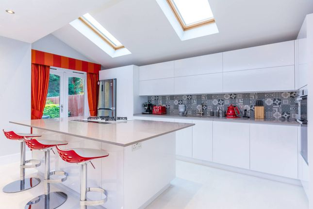 4 bed property for sale in Heathfield Gardens, Chiswick