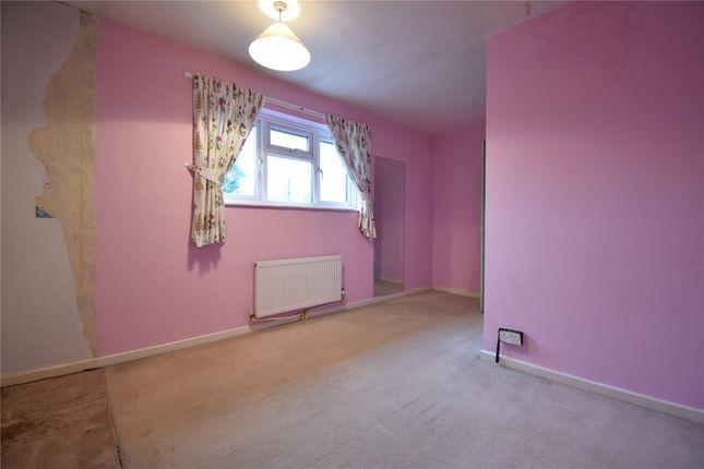 Picture No. 06 of Horsneile Lane, Bracknell, Berkshire RG42