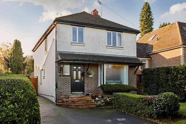 Thumbnail Detached house for sale in Hollydene Road, Wadhurst