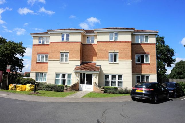 Thumbnail Flat for sale in Caesar Road, North Hykeham