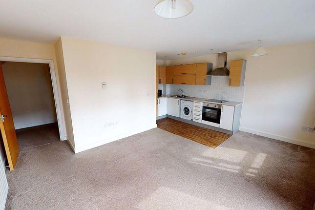 Thumbnail Flat to rent in Calder Court, Riverside Close, Romford