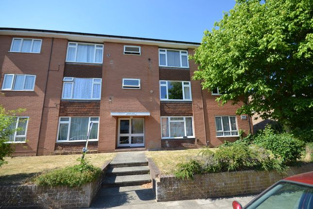Thumbnail Flat for sale in Cargate Grove, Aldershot, Hampshire