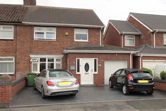 Front1 of Greenside Avenue, Aintree, Liverpool L10