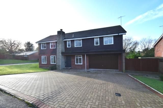 Thumbnail Detached house to rent in Ross Way, Northwood