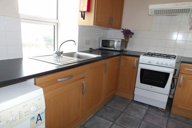 Thumbnail Maisonette to rent in Devonport Road, Stoke, Plymouth