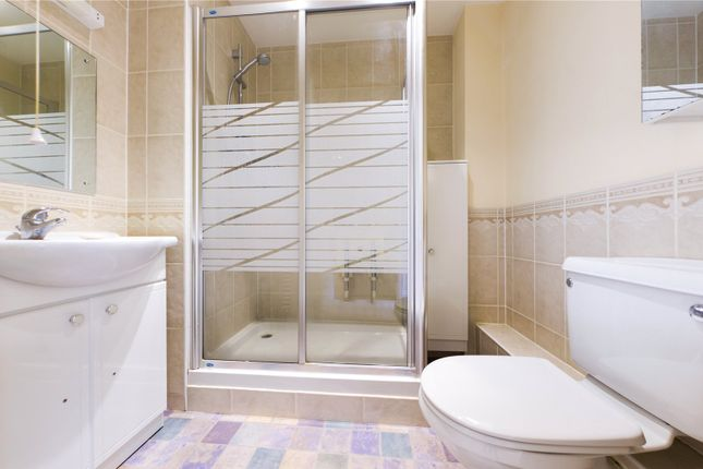 Bathroom of Shilling Close, Tilehurst, Reading, Berkshire RG30