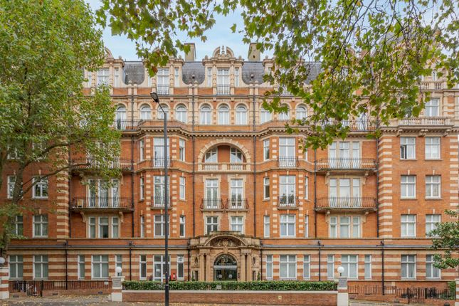 2 bed flat for sale in Clarendon Court, 33 Maida Vale, Little Venice W9