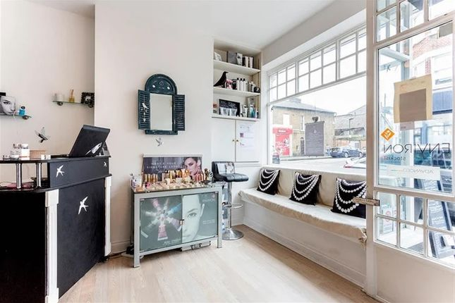 Thumbnail Retail premises for sale in Reputable, High-End Beauty Salon SW14, Richmond Upon Thames