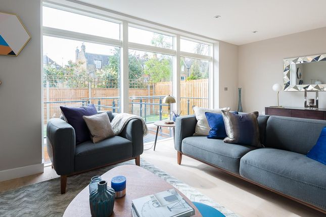 Thumbnail Property for sale in Dickenson Road, London