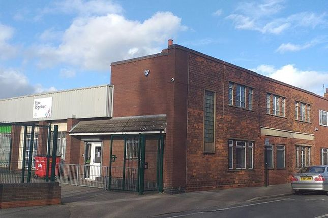 Thumbnail Commercial property for sale in & 100A New Cleveland Street, Hull, East Yorkshire