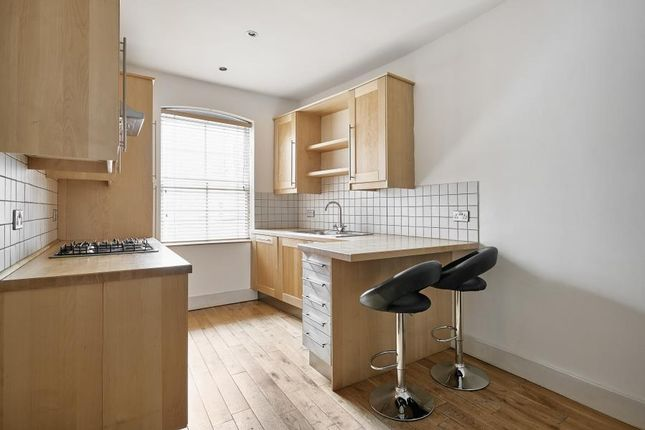 Thumbnail Flat to rent in Whitechapel High Street, Aldagte East