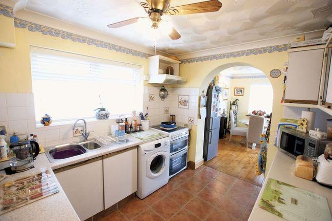 Kitchen of Oak Road, Fareham PO15