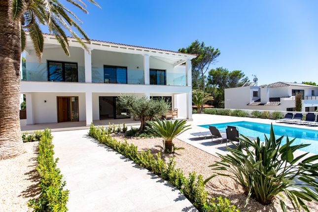 Thumbnail Villa for sale in Santa Ponsa, Calvià, Majorca, Balearic Islands, Spain