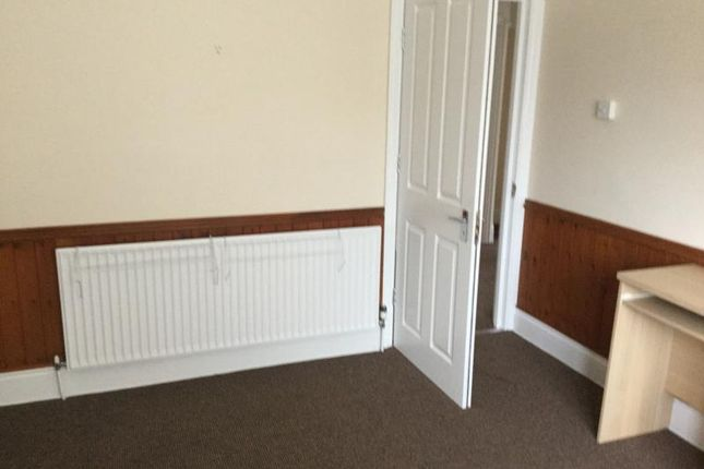Thumbnail Shared accommodation to rent in Havelock Road, Bognor Regis, West Sussex PO212Hb