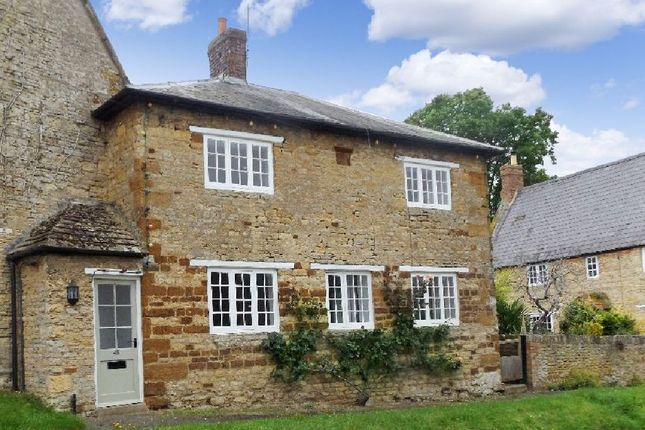 Thumbnail Cottage to rent in Church Street, Cogenhoe, Northamptonshire