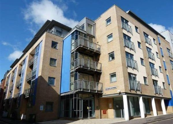 Thumbnail Flat for sale in Kings Quarter Apartments City Centre, 15 Kings Square Ave, Bristol