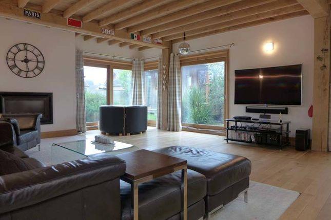Living Room of Broadpool Lane, Hambleton, Poulton-Le-Fylde FY6