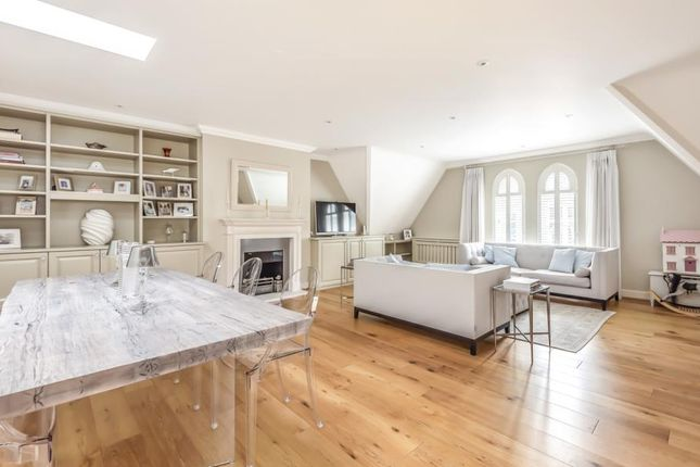 Thumbnail Flat for sale in Holloway Drive, Virginia Water