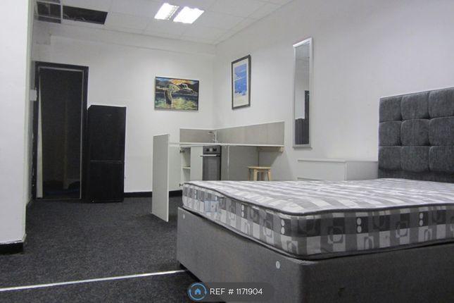 Studio to rent in Stoke, Stoke ST4