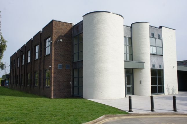 Thumbnail Office to let in Groundwell, Swindon