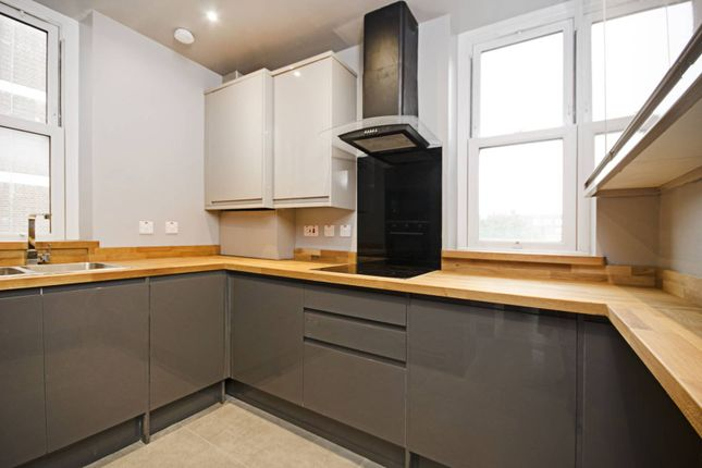 2 bed flat for sale in Homerton High Street, Homerton