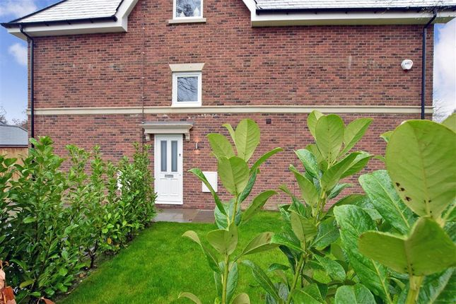 Thumbnail Flat for sale in Green Lane, Ashtead, Surrey