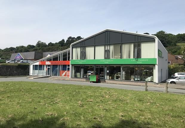 Thumbnail Retail premises for sale in Unit 1 & 2 Caernarfon Road, Bangor