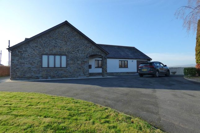 Thumbnail Property to rent in Gwynfe, Llangadog