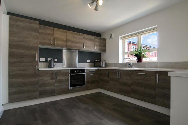 5 bed detached house for sale in Mitre Close, Linton, Near Swadlincote DE12