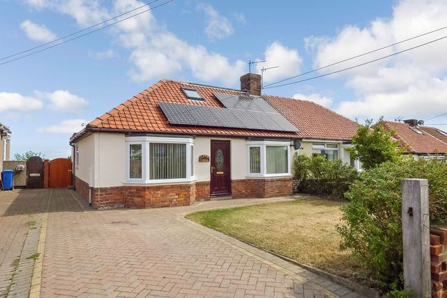 3 bedroom bungalow for sale in Coast Road, Blackhall Colliery, Hartlepool
