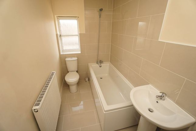 Photo 9 of Ashburn Close, Horwich, Bolton BL6