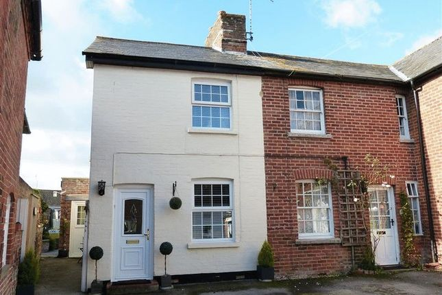 2 bed terraced house for sale in High Street, Netheravon, Salisbury