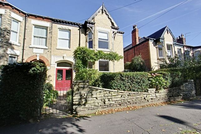 Thumbnail Terraced house for sale in Park Avenue, Princes Avenue, Hull