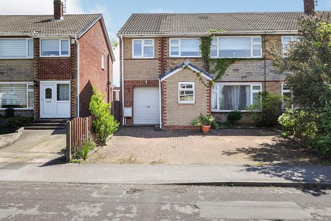 5 bed semi-detached house to rent in Rochester Road, South Anston, Sheffield S25